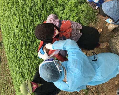 Vào từng nhà dân để chống dịch Covid-19 tại Hà Giang