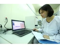 Nhóm nhà khoa học nữ phân lập thành công virus SARS-CoV-2