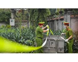 Gần 11.000 người cách ly trong thôn Hạ Lôi